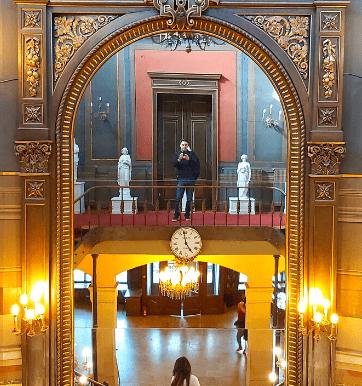 Sutu Palace - interior view