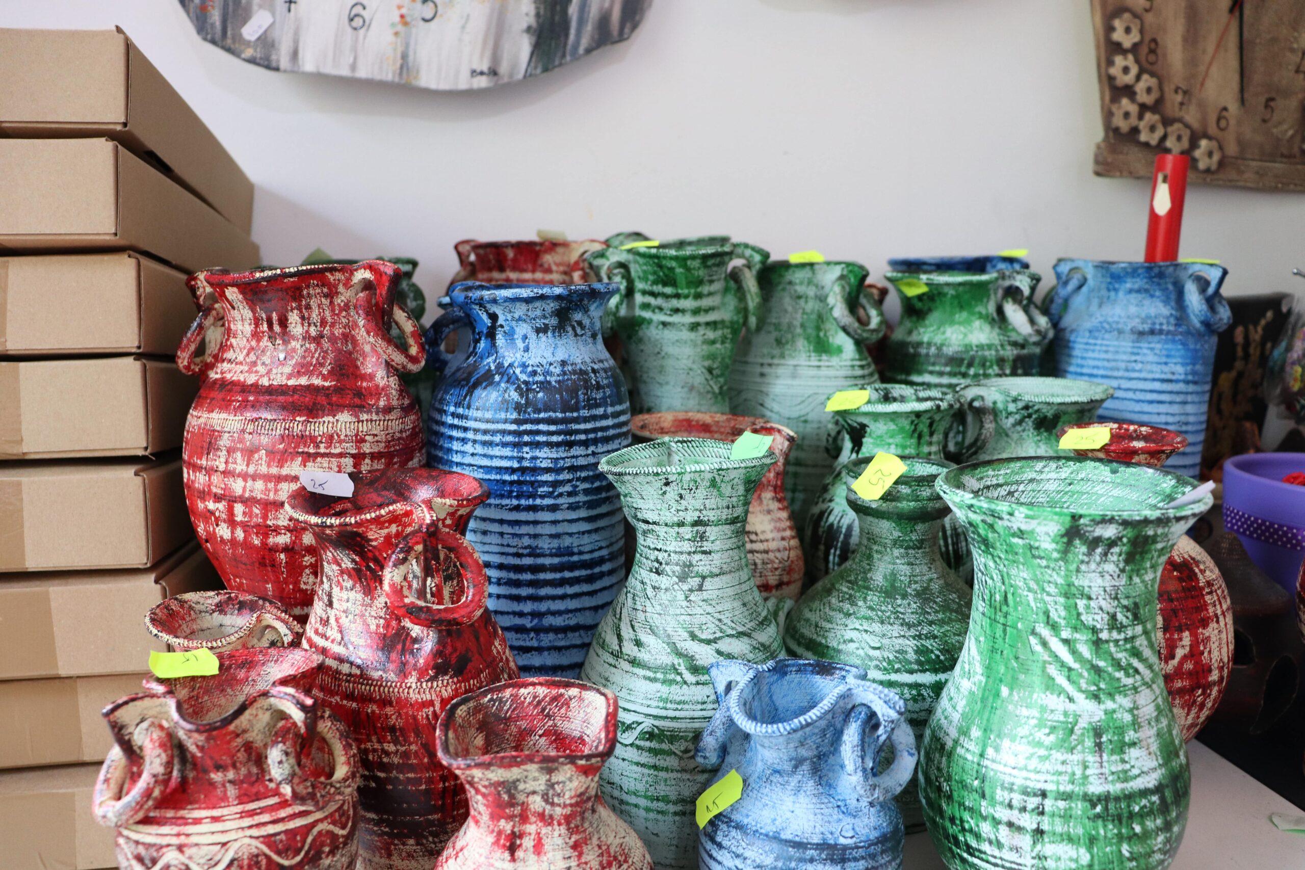 day-trip-horezu-gallery-vaze-decorative